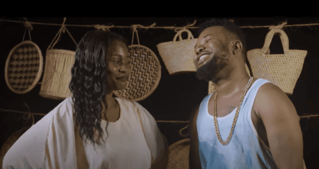 Akeelah ft. Kelechi Africana - Turn Me On