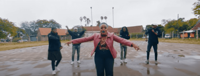 Kaka Empire ft. Ramsizo, Amb Kyle McCarter - Mbekse