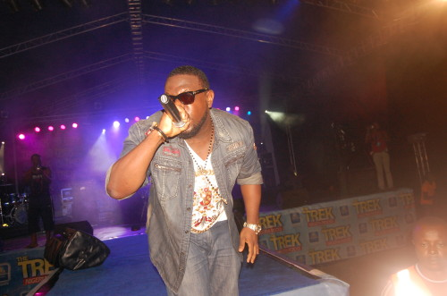 Timaya on stage (5)