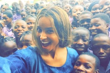 "VIDEO: Ciara Dances Shoki, Etighi To ""Duro"" & ""Kukere"" On Streets of Lagos"