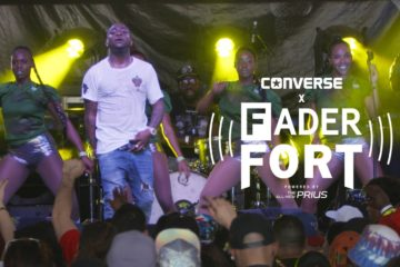 Watch Davido Perform 'Aye' LIVE @ Fader Fort