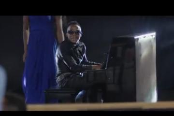 VIDEO: Papa Dennis – Miujiza