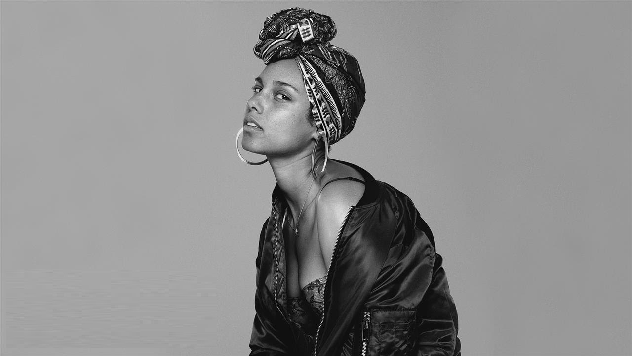 Alicia Key In Common Art