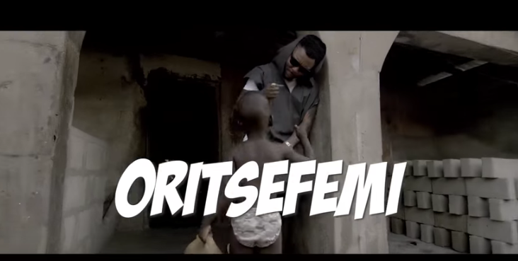 VIDEO: OritseFemi – Awooo Ewaa
