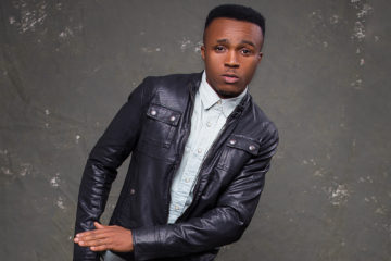 VIDEO: Humblesmith's Live Performance at Seyi Law's Fast and Funny & Moremi Hall