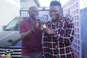 VIDEO: Reekado Banks Receives His Car For Winning The Headies 2015 Next-Rated Award
