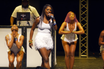 VIDEO: Tiwa Savage LIVE In Chicago | The RED Tour