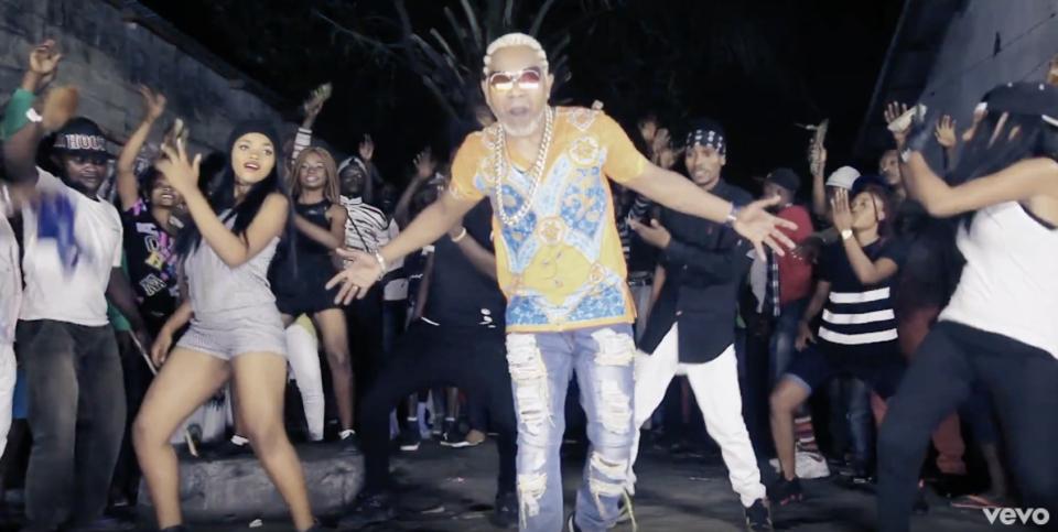 VIDEO: Awilo Longomba – Kwanga Pamba