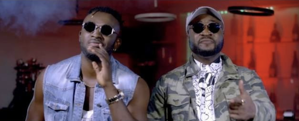 VIDEO: Dezign X Harrysong - Knees & Toes