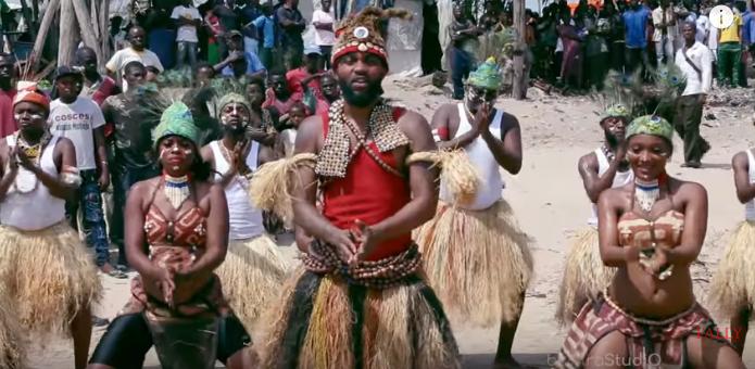 VIDEO: Fally Ipupa - Eloko Oyo