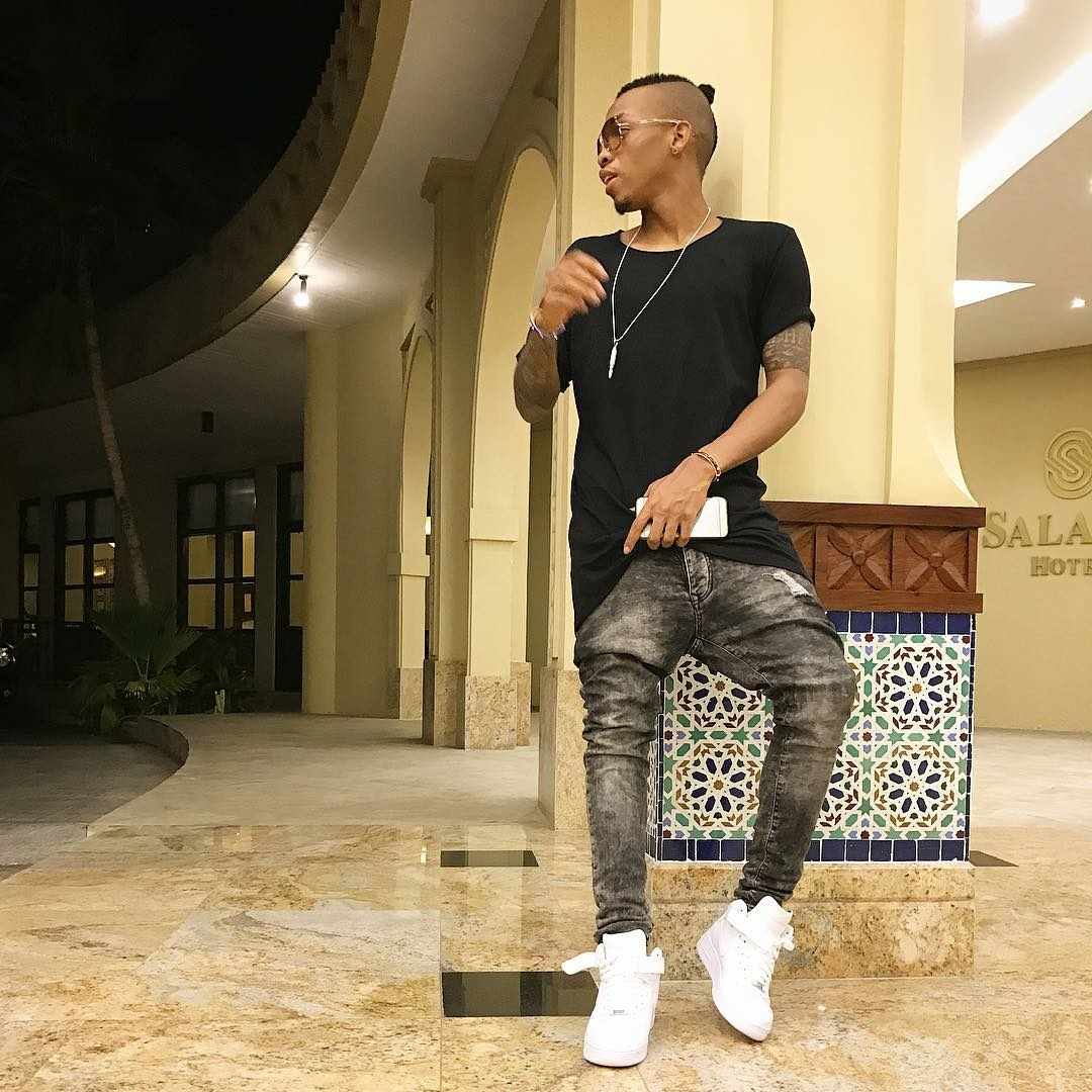 Tekno Won't Be Late