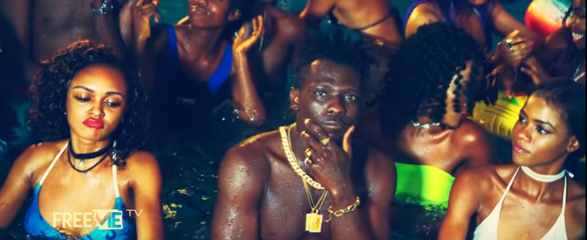 VIDEO: Terry Apala - Feel Me