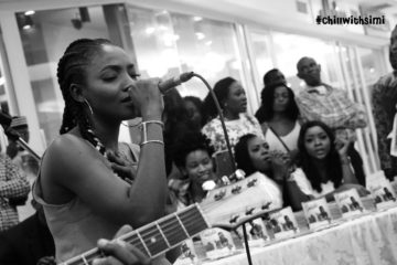 Simi Holds Surprise Pop-Up Show For Fans