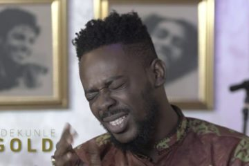 "VIDEO: Adekunle Gold Performs ""Money"" With The 79th Element"