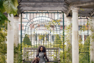 VIDEO: Becca – Crazy