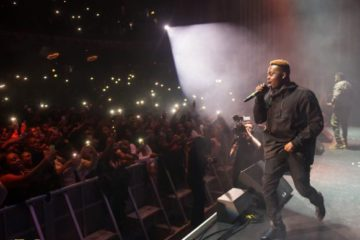 #OLIC4: Fans Attack Olamide As He Announces Yomi SARS To Perform