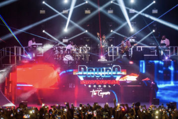 VIDEO: Davido and the Compozers – Dami Duro Live In London