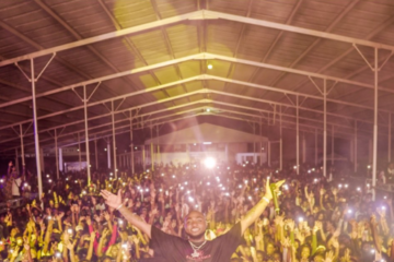 Watch Davido Shut Down Suriname With Over 10,000 Fans!