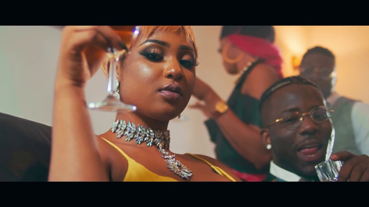 VIDEO: Slim Brown ft. Zoro – Aku