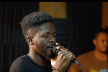VIDEO: Johnny Drille – Wait For Me (Johnny's Room Live)