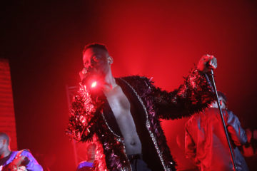 All Wrapped Up In Gold! Adekunle Gold Shuts Lagos Down With 3-Night Performance