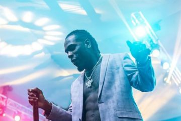 """We all move to Coachella!..."" Burna Boy Accepts Presentation Of Name"