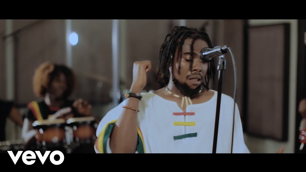 VIDEO+AUDIO: Alabee – Uncertain