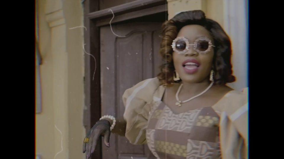 VIDEO: Bisola – Good Old Days