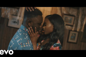 VIDEO: Moelogo - On Me