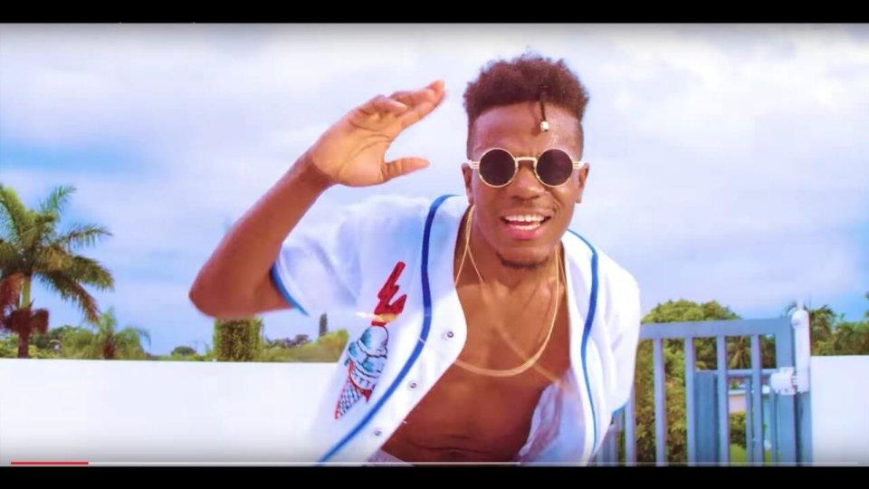 VIDEO: Starmelod - Pakana