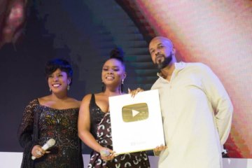 "Yemi Alade Receives The Honorary ""Golden Play Button"" From YouTube"