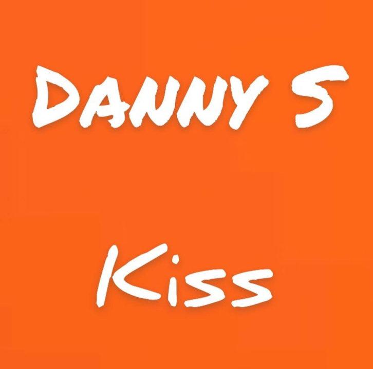 Danny S - Kiss