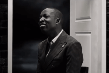 VIDEO: Dunsin Oyekan - Amazing God