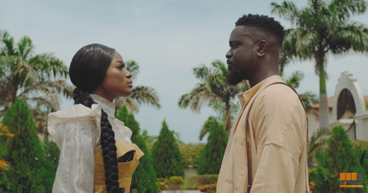 VIDEO: Sarkodie ft. Efya – Saara