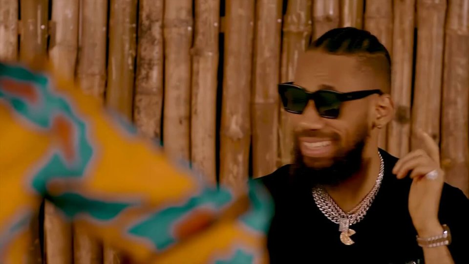 Rayvanny ft. Phyno - Slow