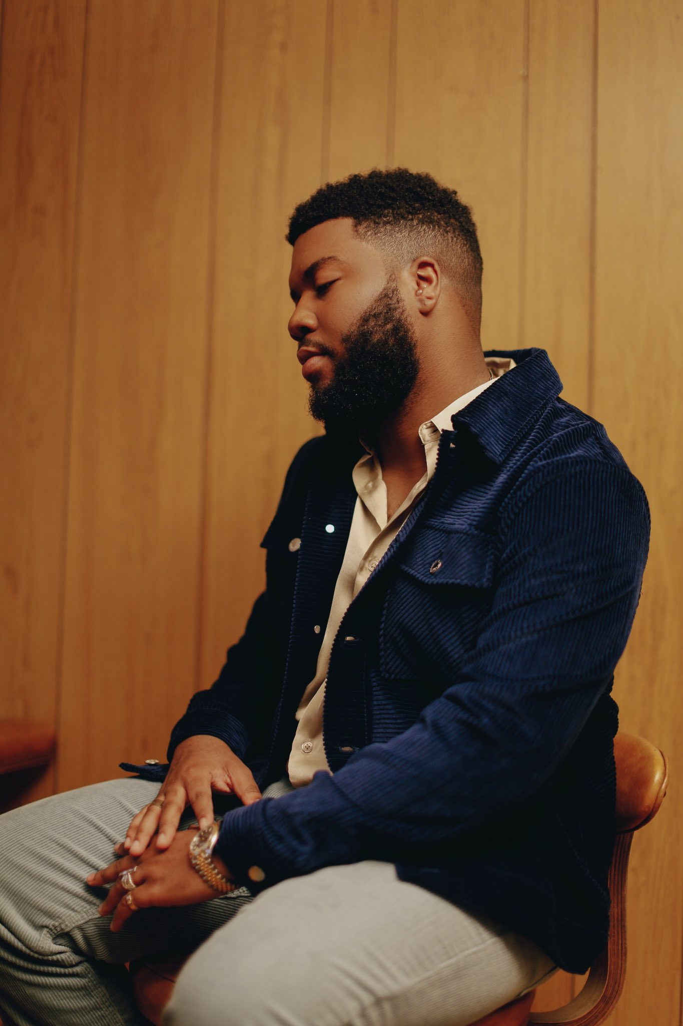 Khalid Announces Song With Davido & Tems