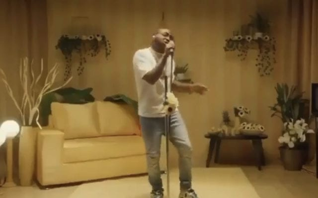 Davido Performs 'D & G' & 'Fall' Live On Tonight Show With Jimmy Fallon's show