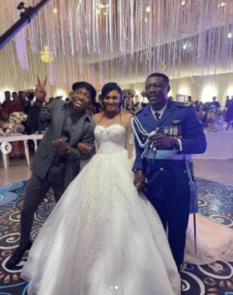 Timi Dakolo Performs at wedding free