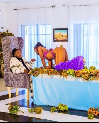 Naira Marley Behind the Scene on Coming