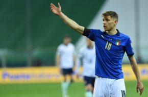 Nicolo Barella signaling his teammates